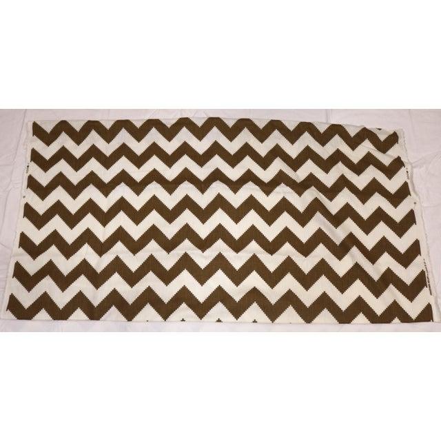 Jonathan Adler Contemporary Kravet Fabric Linen Designed by Jonathan Adler For Sale - Image 4 of 4