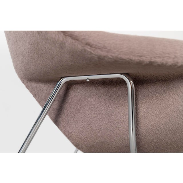 Knoll Womb Chair - Medium For Sale - Image 10 of 12