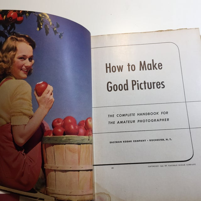 Mid-Century Modern 1943 How to Make Good Pictures Kodak Handbook For Sale - Image 3 of 11