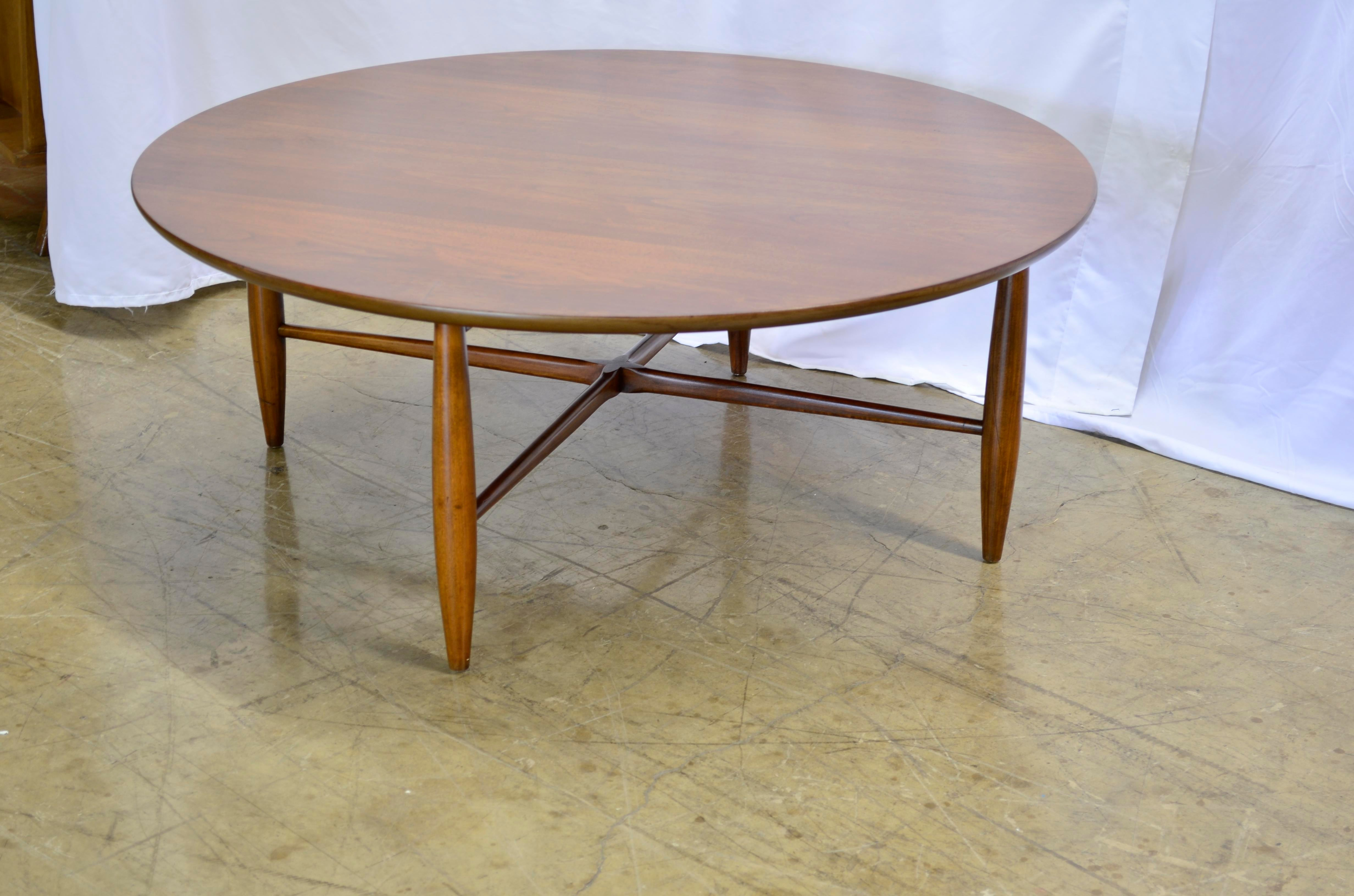 Brown 1950s Mid Century Modern Morganton Furniture Co Round Coffee Table  For Sale   Image 8