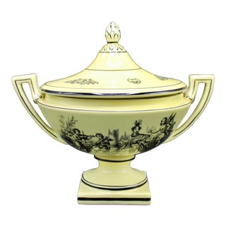 Mid 20th Century Italian Mottahedeh Yellow Handled Urn With Artichoke Lid For Sale