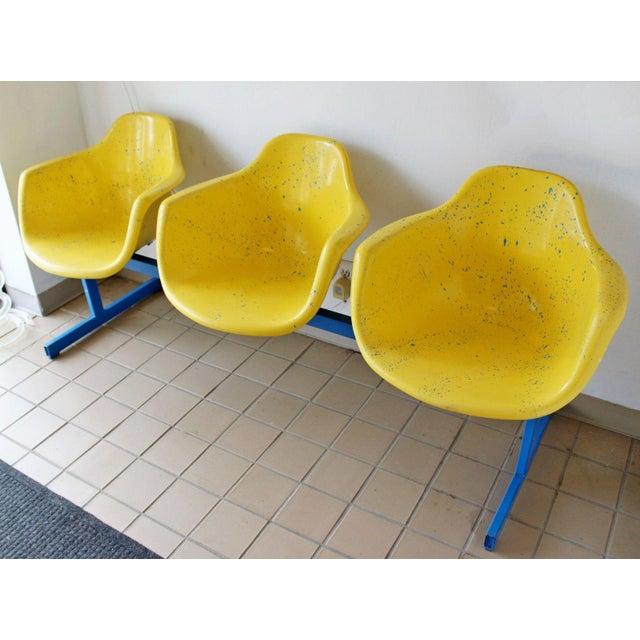 Vintage Krueger Mid Century Modern Metal Sculptural 3 Seat Tandem Bench For Sale - Image 4 of 9
