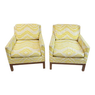 Mid Century Modern Pair of Upholstered Chairs For Sale