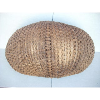 Vintage American Buttocks Woven Basket Preview