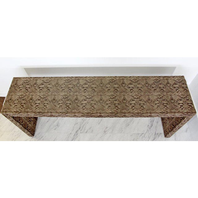 Karl Springer Mid-Century Modern Snakeskin Parsons Console Table 1970s For Sale - Image 4 of 9