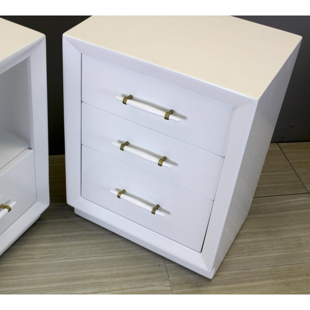 Vintage Robsjohn-Gibbings Bedside Tables - A Pair - Image 6 of 8