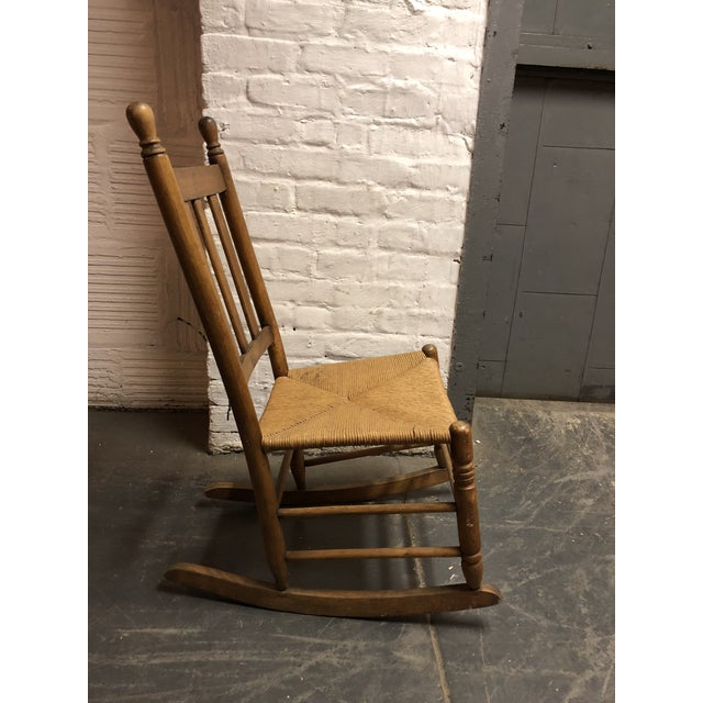 Awesome 1970S Vintage Childs Rocking Chair Beatyapartments Chair Design Images Beatyapartmentscom