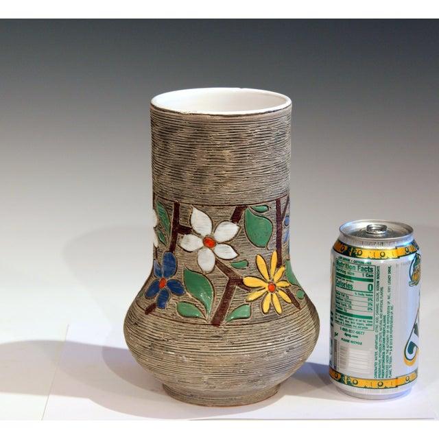 Vintage Italian Art Pottery Textured Incised Blossom Raymor Vase For Sale - Image 9 of 10