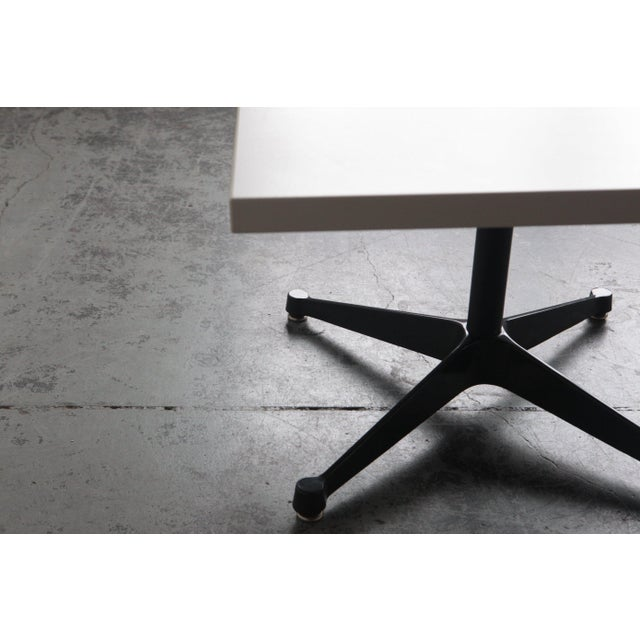 """Contemporary Herman Miller """"Everywhere"""" Minimalist Table For Sale - Image 3 of 5"""