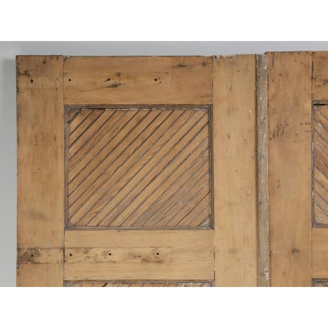 Late 19th Century Antique 1890s American Garage or Barn Doors - a Pair For Sale - Image 5 of 13