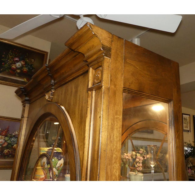 Traditional Lexington Furniture Southern Living Lighted China Cabinet For Sale - Image 3 of 11