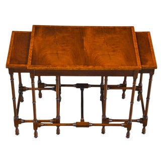 Traditional Mahogany Essex Nesting Tables - Set of 3 For Sale