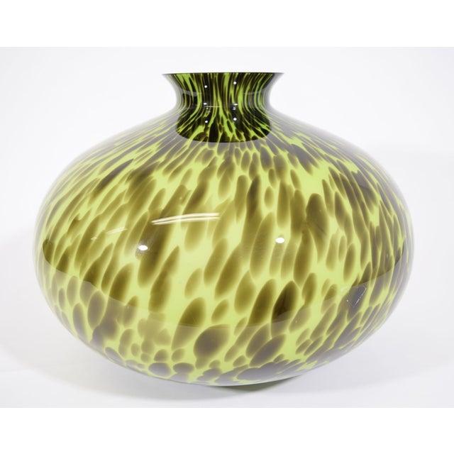 Mid-Century Glass Vase - Image 4 of 4
