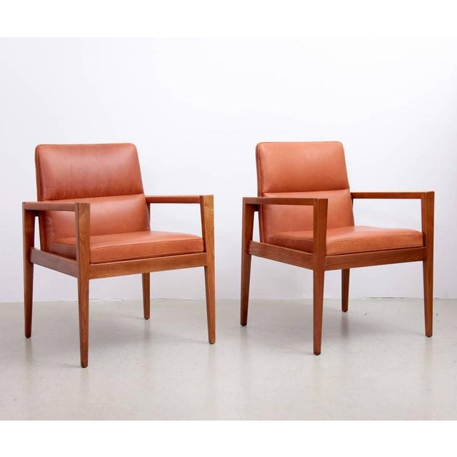 Mid-Century Modern Set of Ten Labeled Jens Risom Armchairs in Walnut in Cognac Leather For Sale - Image 3 of 9