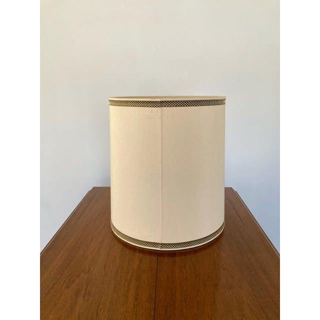 Mid-Century Modern 1970s Stiffel Silk Lamp Shade For Sale - Image 3 of 8