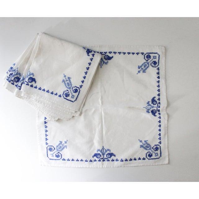 Cottage Set of 6 Vintage Linen Napkins Blue White Embroidered For Sale - Image 3 of 3
