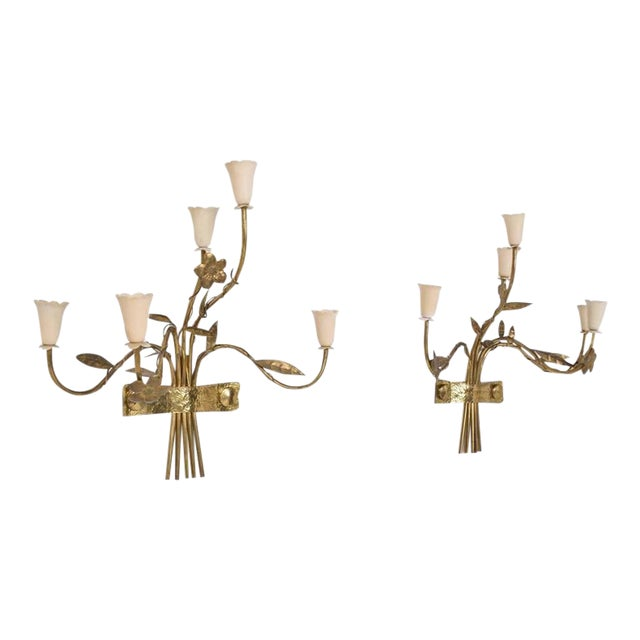 Pair of Mid-Century Modern Italian Wall Sconces For Sale