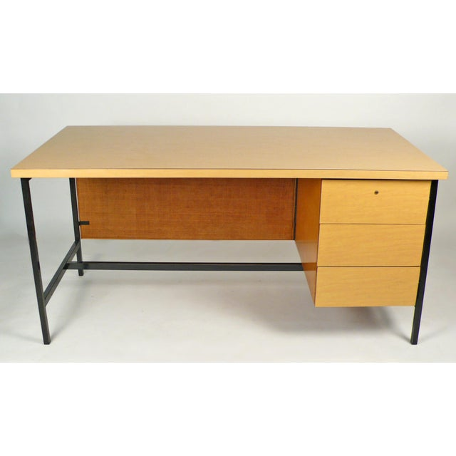 Florence Knoll Early Florence Knoll Desk and Return For Sale - Image 4 of 10