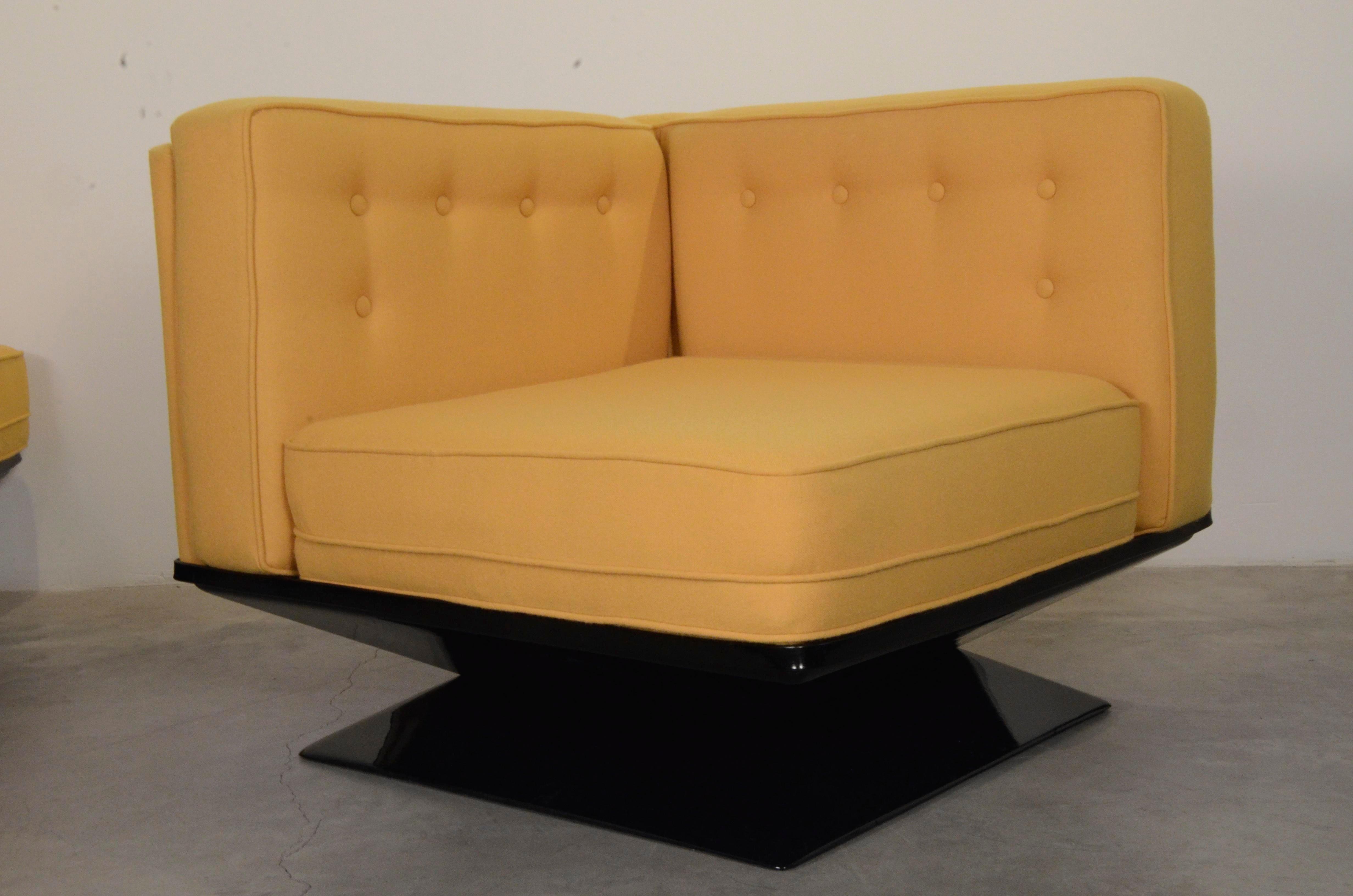 Mid Century Modern Italian W/ New Knoll Wool U0026 Fiberglass MIM Roma / Ico  Parisi