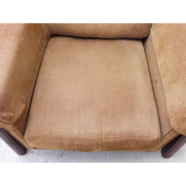 Fabric 1960's Mid Century Modern Low Slung Lounge Chair For Sale - Image 7 of 8