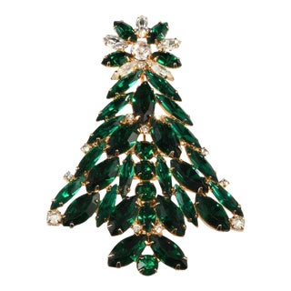 Eisenberg Ice Emerald Green Rhinestone Christmas Tree Pin Brooch For Sale