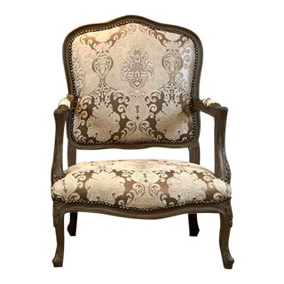 Vintage Louis XV Long Accent Chair For Sale