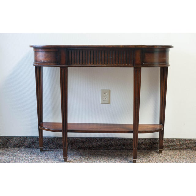 Console table is in excellent condition, perfect size for small entry, hall or anywhere really! From the Sherrill...