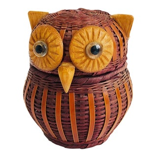 Vintage Wicker Owl Box For Sale