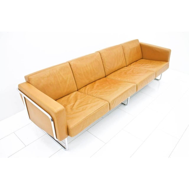 Mid-Century Modern Rare Four-Seat Leather Sofa by Hans Eichenberger for Strässle, Switzerland For Sale - Image 3 of 9