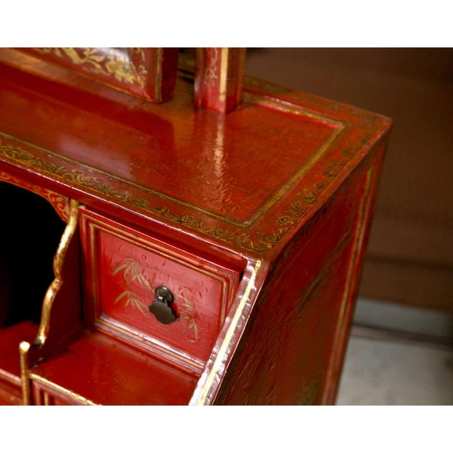 Antique 19th Century Painted Chinoiserie Vanity For Sale In New York - Image 6 of 10