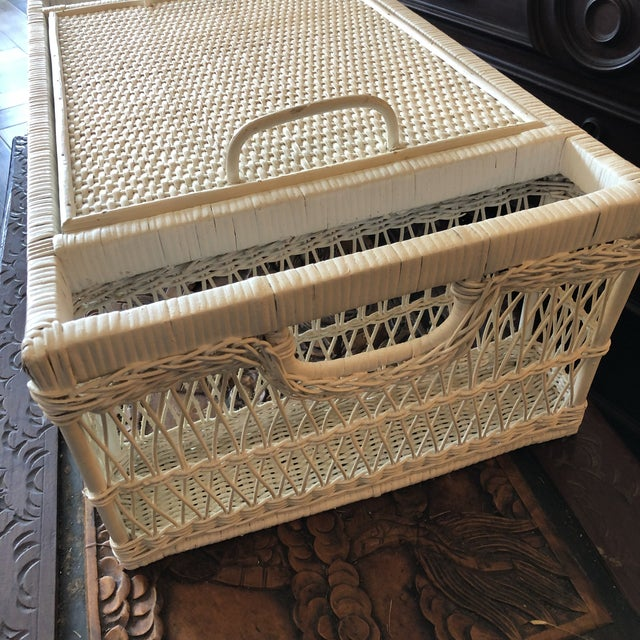 Vintage White Wicker Bed Tray For Sale In West Palm - Image 6 of 12