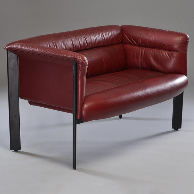 1970s Poltrona Frau Mid-Century Modern Burgundy Leather Settee For Sale - Image 12 of 13