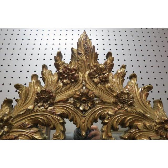 Hollywood Regency 1960 Vintage Hollywood Regency Gilt Oval Mirror For Sale - Image 3 of 5