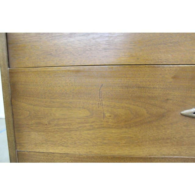 Mid-Century Modern Broyhill Premier Sculptra Tall Chest of Drawers For Sale - Image 12 of 13