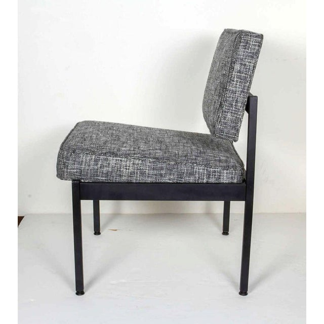 Contemporary Mid-Century Modern Industrial Tweed Chair in the Style of Knoll For Sale - Image 3 of 10