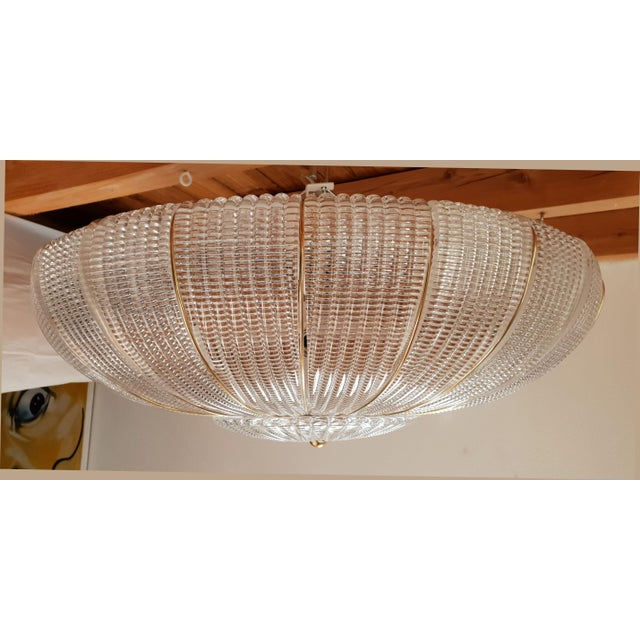 1980s Large Mid-Century Modern Round Clear Murano Glass Flush Mount For Sale - Image 5 of 12