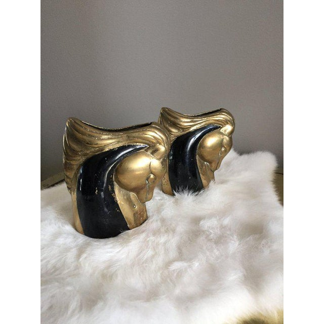 Pair of hollywood regency horse head vases. Use them for flowers, plants, makeup brushes or pencils. Good vintage...