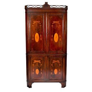 18th Century Antique Hepplewhite Mahogany Corner Cabinet For Sale