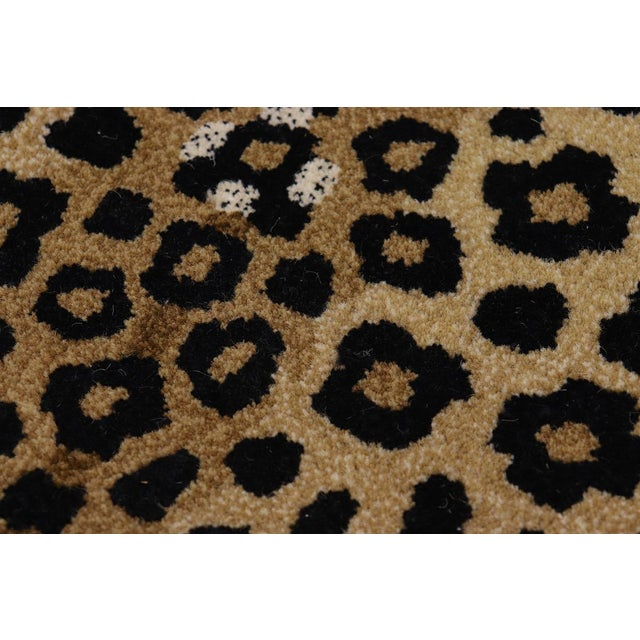 Contemporary Decorate Wild Animal Design Handcuffed Area Rug- 3′ × 5′ For Sale - Image 10 of 11