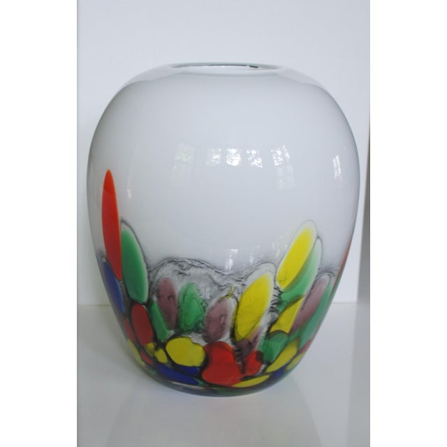 Vintage White & Confetti Pattern Murano Glass Vase For Sale In Washington DC - Image 6 of 8