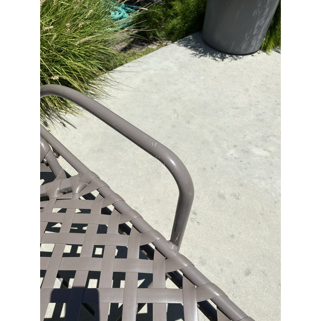 Vintage Brown Jordan Tamiami Chaise For Sale In Los Angeles - Image 6 of 8