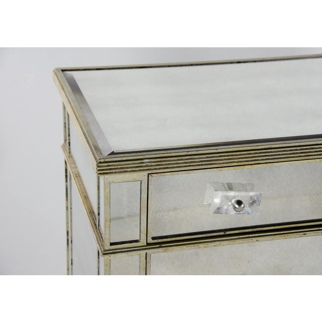 Silver 20th Century French 3-Drawer Mirrored Commode For Sale - Image 8 of 13