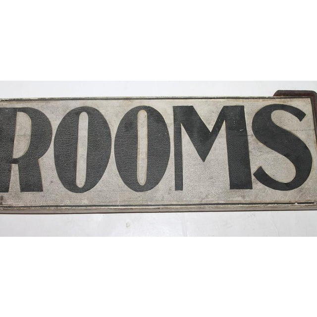 """19th Century Original Painted """"Rooms"""" Sign with Iron Bracket - Image 3 of 5"""