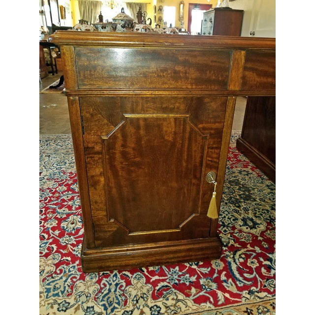 Early 19th Century William IV Mahogany Partners Desk For Sale - Image 11 of 13