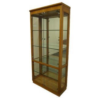 Thomasville Furniture Patterns 27 Collection Contemporary Modern Display Cabinet For Sale