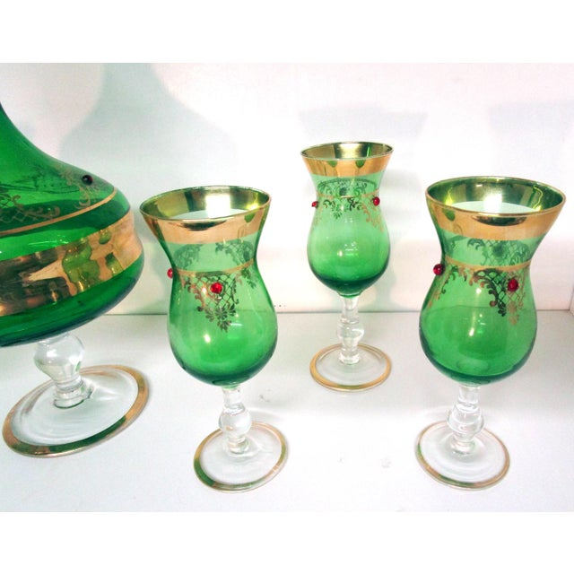 Glass Vintage Italian Gilt Emerald Glass & Red Jewels Decanter Set - 7 Pc. Set For Sale - Image 7 of 10