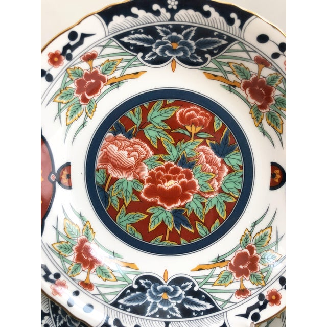 Asian 1960s Porcelain Imari Style Gilt Hand Decorated Dinner Service - Set of 48 For Sale - Image 3 of 9