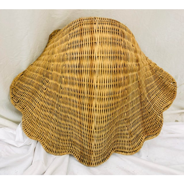 Vintage Woven Wicker Clam Shell Basket For Sale In Raleigh - Image 6 of 13