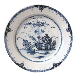 Large Lambeth 18th Century English Delft Charger Plate For Sale