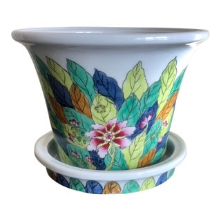 Chinoiserie Porcelain Tobacco Leaf Planter For Sale